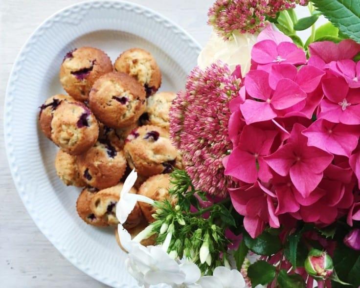 Bananmuffins med blåbær og vanilje