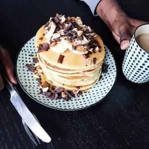 Amerikanske pandekager og kaffe