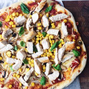 Pizza med restefyld