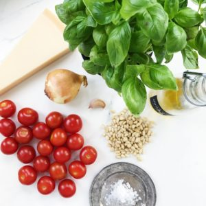 Ingredienser til tomatpesto