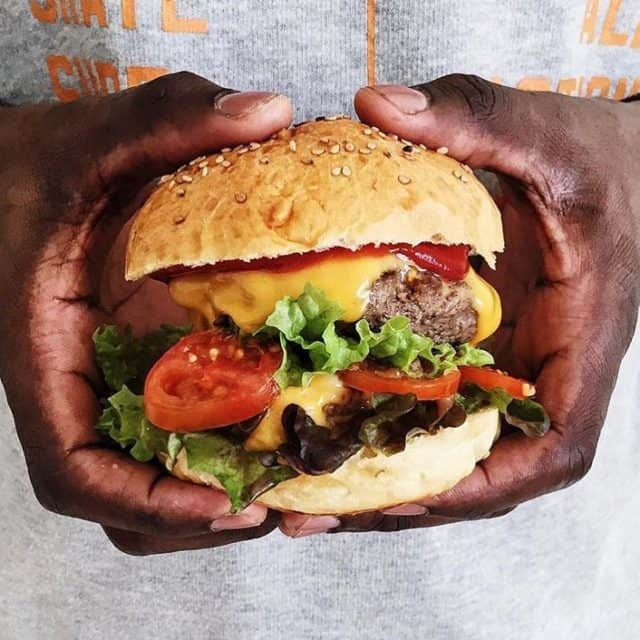 Vejen til en mand hjerte  ihvertfald min!burger aftensmad odense
