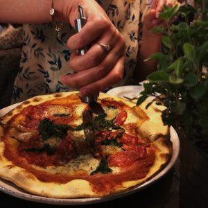 Pizza på gorms pizzaria
