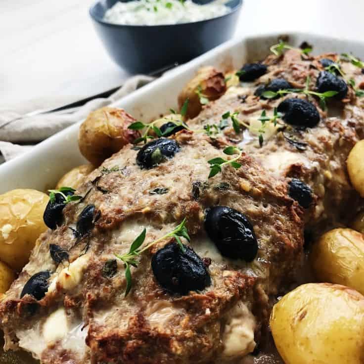 Græsk farsbrød med fetaost og oliven