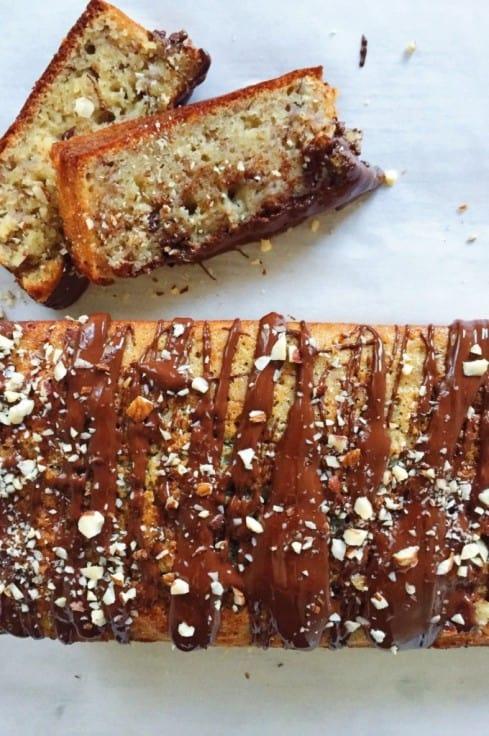 Banankage – svampet og med chokolade