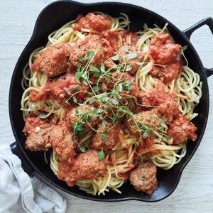 italienske kødboller med tomatsovs