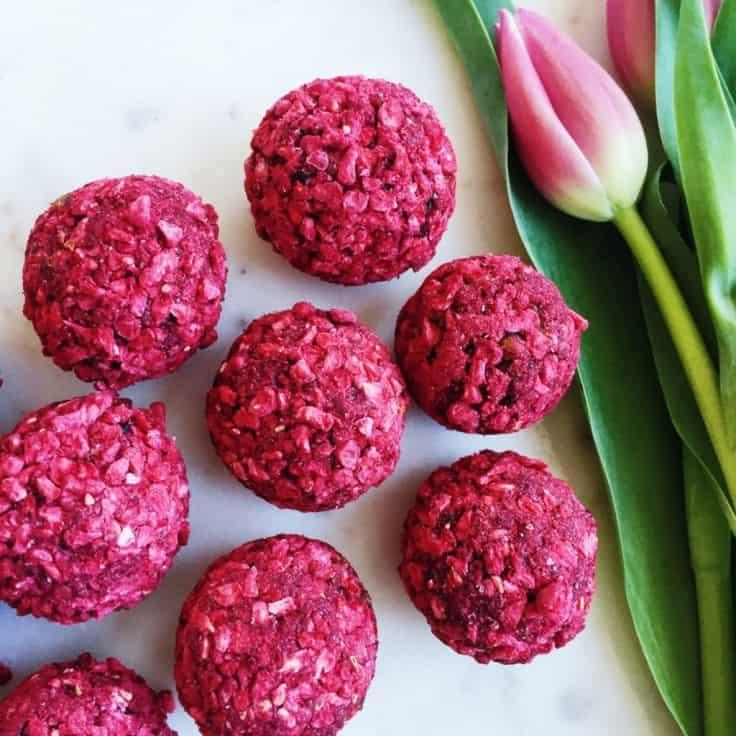 Dadelkugler – Opskrift på sunde snackkugler