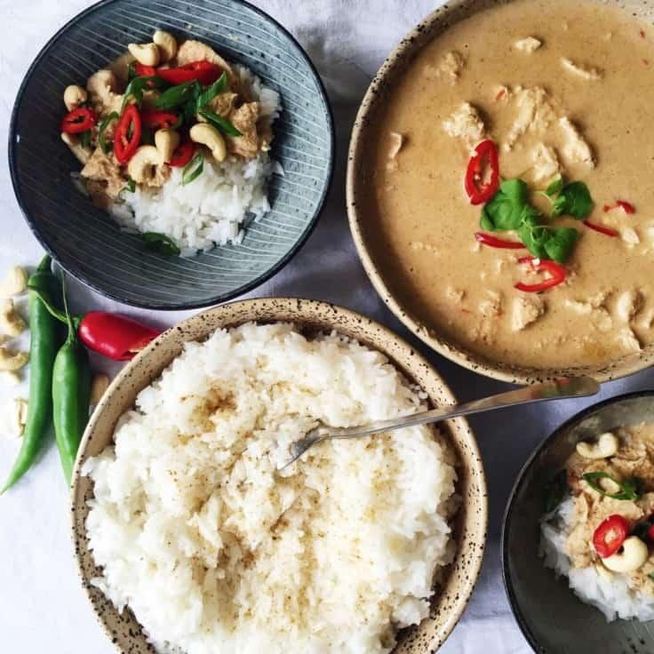 Indisk kylling med kokos sauce