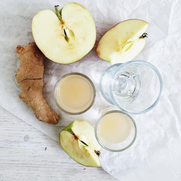 Ingefærshots med æble og honning