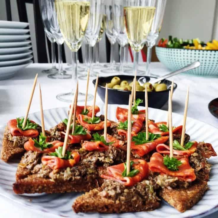 Tapas anretning – Chorizo med oliventapanade