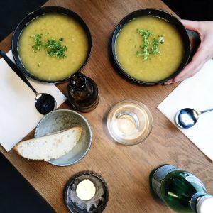 indisk dahl hos soup stone cafe