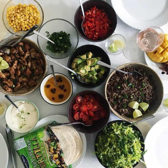 Nr maden samler selskabet! venindehygge santamaria tortillas