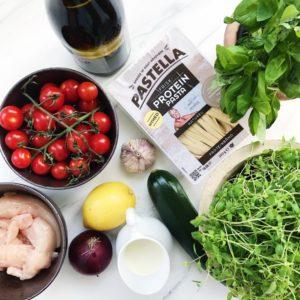 Ingredienser til pasta med kylling