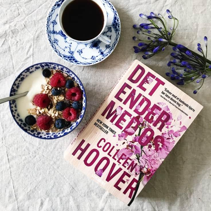 """""""Det ender med os"""" af Colleen Hoover"""