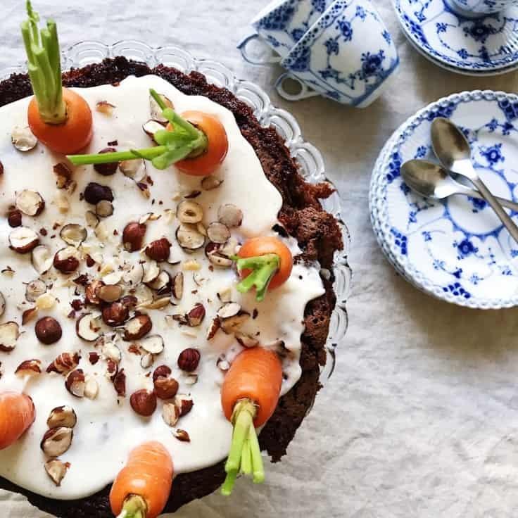 Gulerodskage med vaniljefrosting