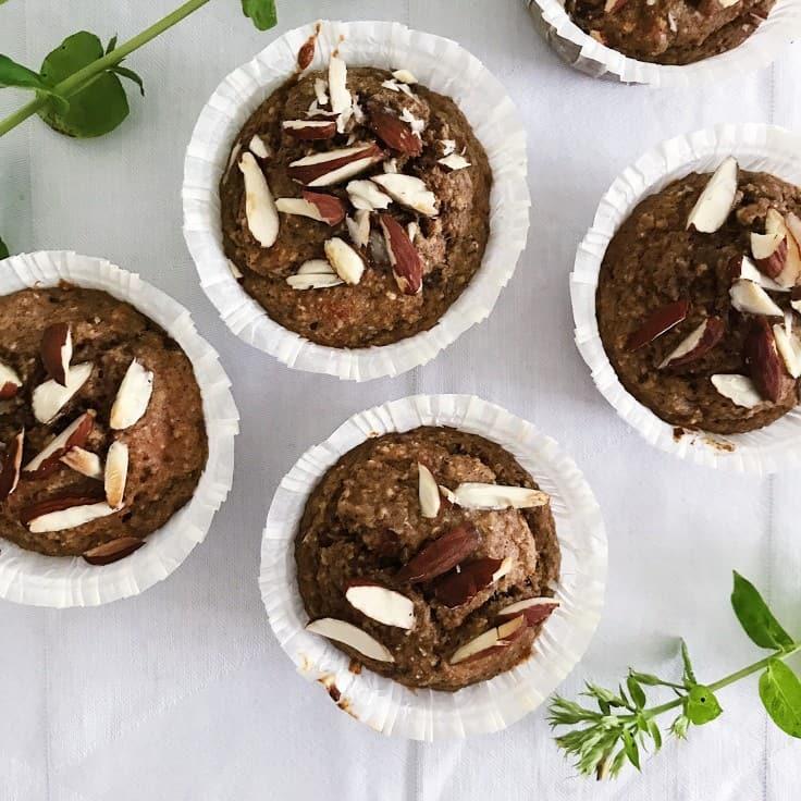 Sunde muffins med havregryn og æg