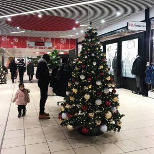 Juletræ i Rosengårdscentret