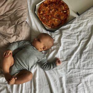 Pizza i sengen