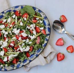 Jordbærsalat med asparges