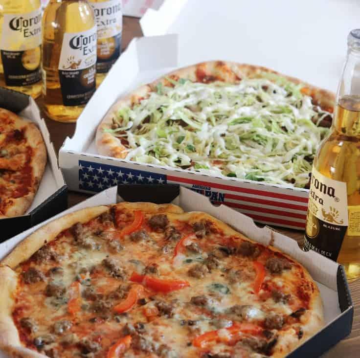 Fodbold, pizza og gode venner