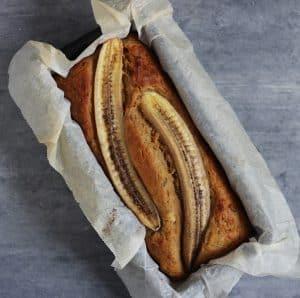 Bananbrød med nødder