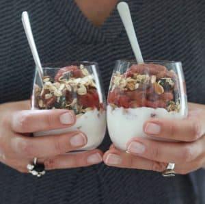 Sundere rabarber trifli