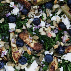 Opskrift salat med blåbær