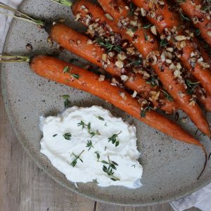 gulerødder og fetadip