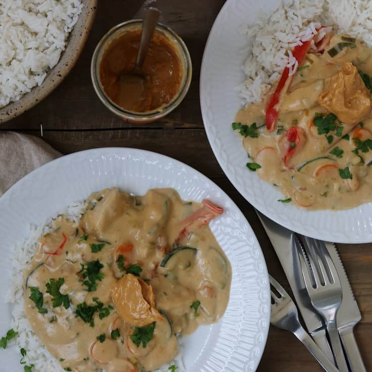 Kylling i peanutbuttersauce og kokos