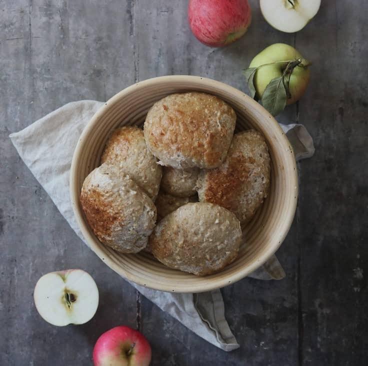Æbleboller med fuldkorn