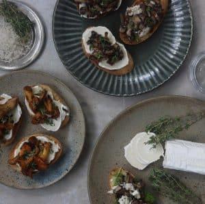 Bruchetta med svampe og timian