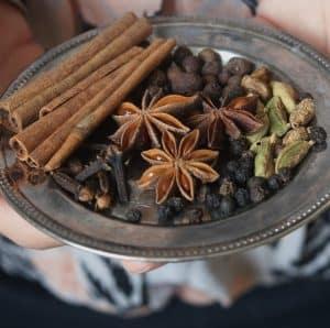 Krydderier til essens