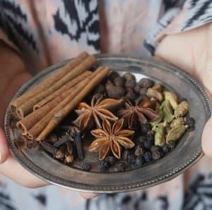 Krydderier til hyldebæressens