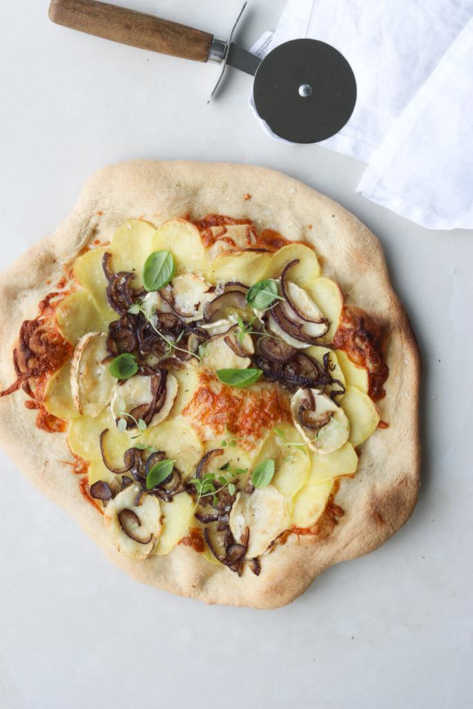 Pizza og gedeost