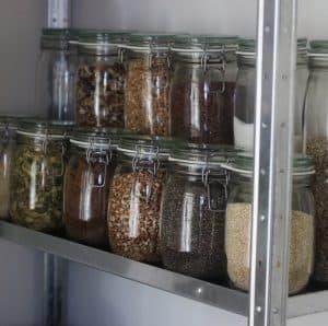 Opbevarings af mel i køkken