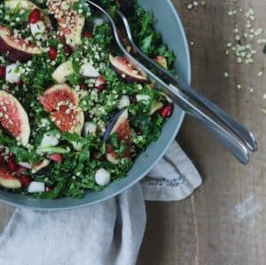 Salat med granatæble kerner