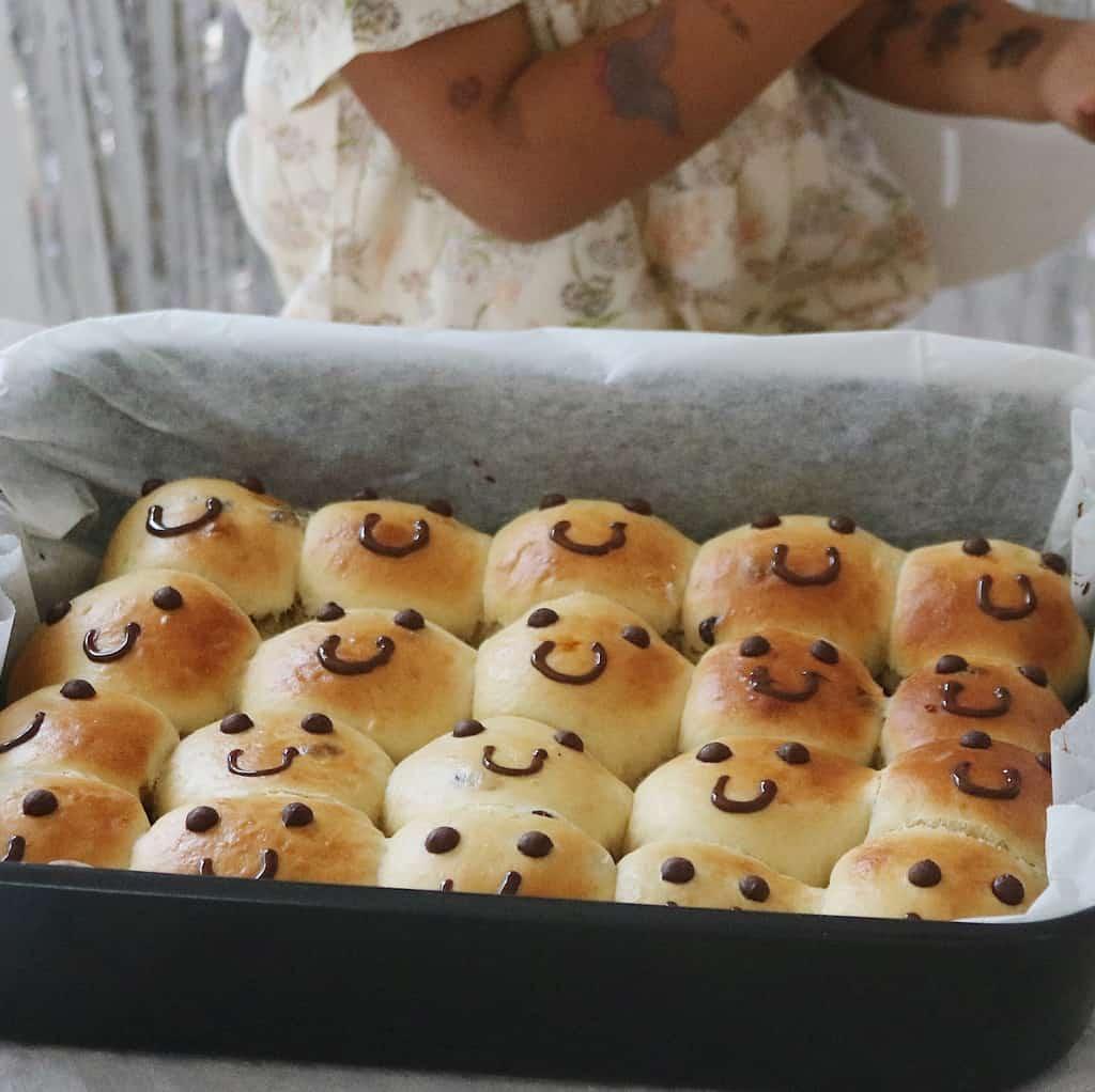 Fødselsdagsboller med bjørneansigt
