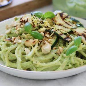 Spaghetti med avokadopesto