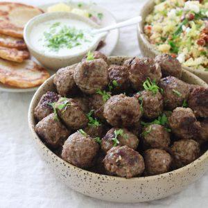 Tyrkiske frikadeller med couscous salat
