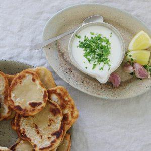 Yoghurtdressing med hvidløg
