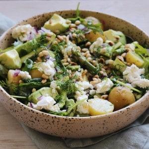 Frisk salat med kartofler