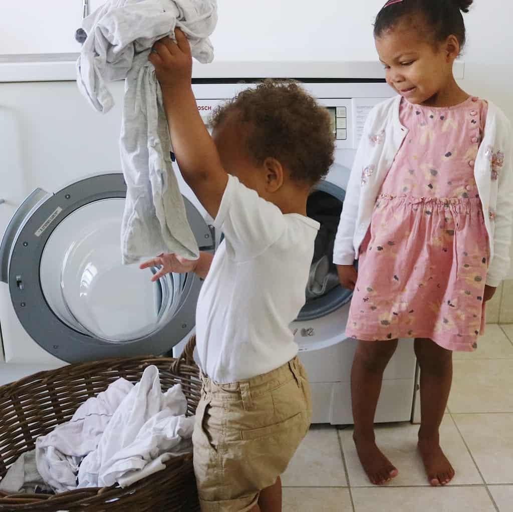 Tøffetid og huslige gøremål med børn