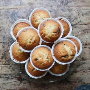 Muffins med chokolade og banan