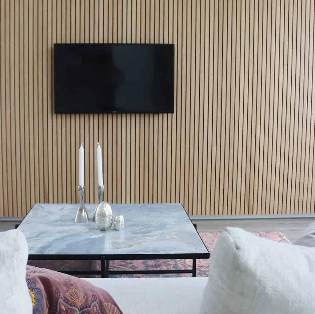 Lamelvæg – akustikvæg af træ lameller