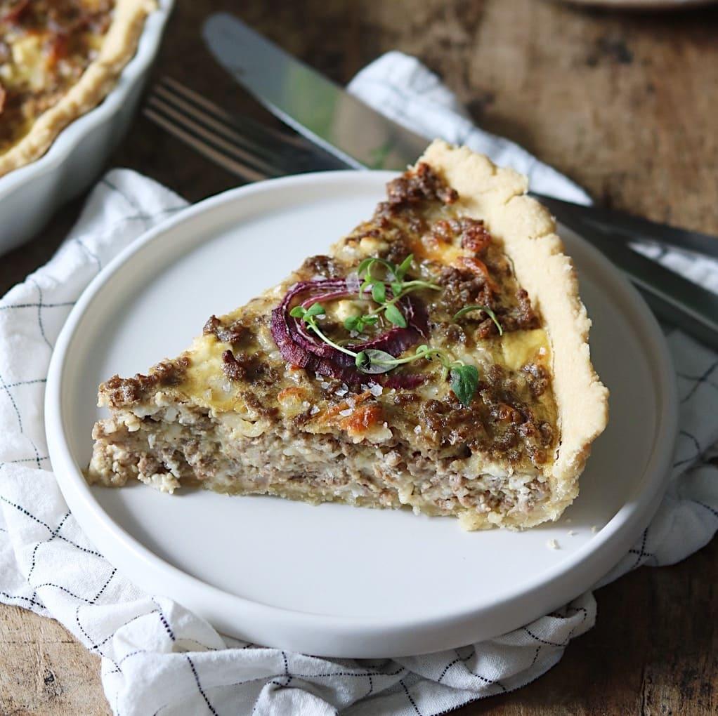 Tærte med oksekød og fetaost