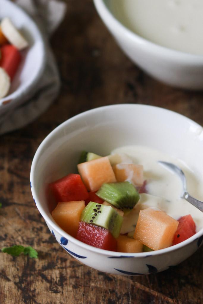 Frugtsalat med vaniljecreme