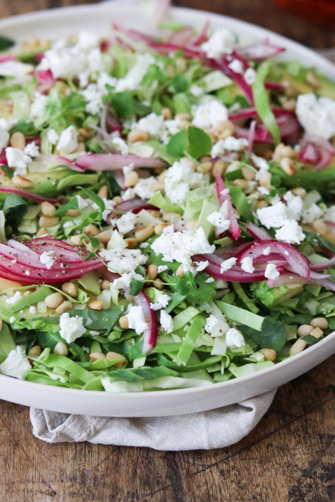 Syltede rødløg i salat