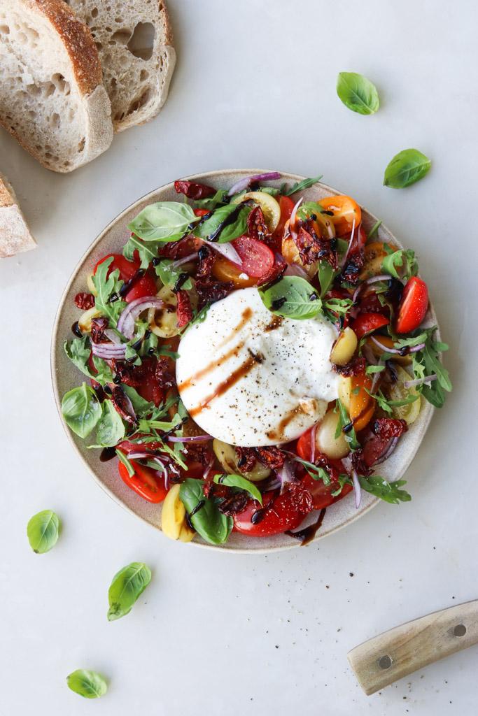 Burrata med tomat